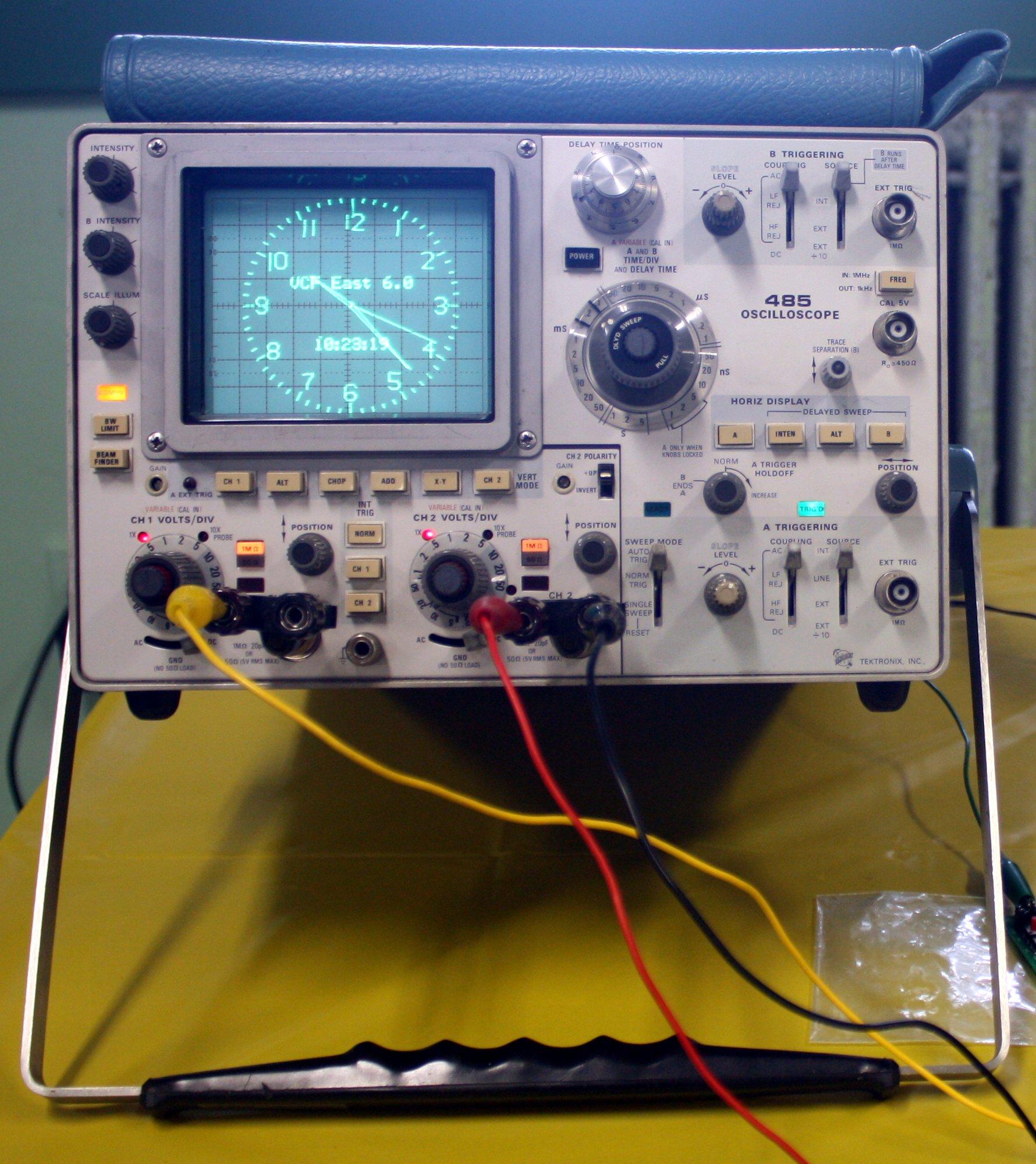 Tektronix 485 Oscilloscope